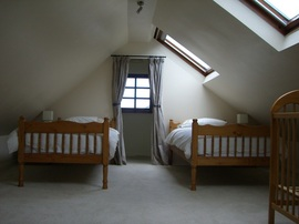 Self Catering Accommodation Boscastle top bedroom
