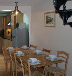 Self Catering Accommodation Boscastle , dining area